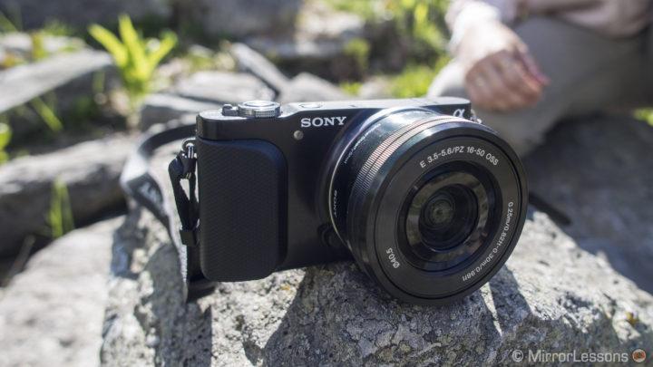 best mirrorless camera under 300